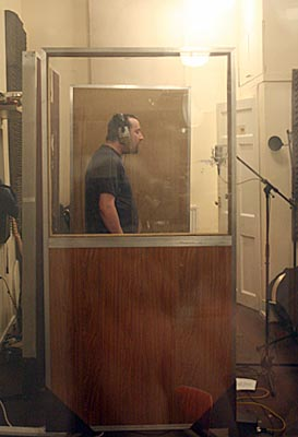 Photo: Peter  the master of backing vocals.